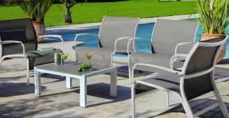 mobilier en aluminium visuel