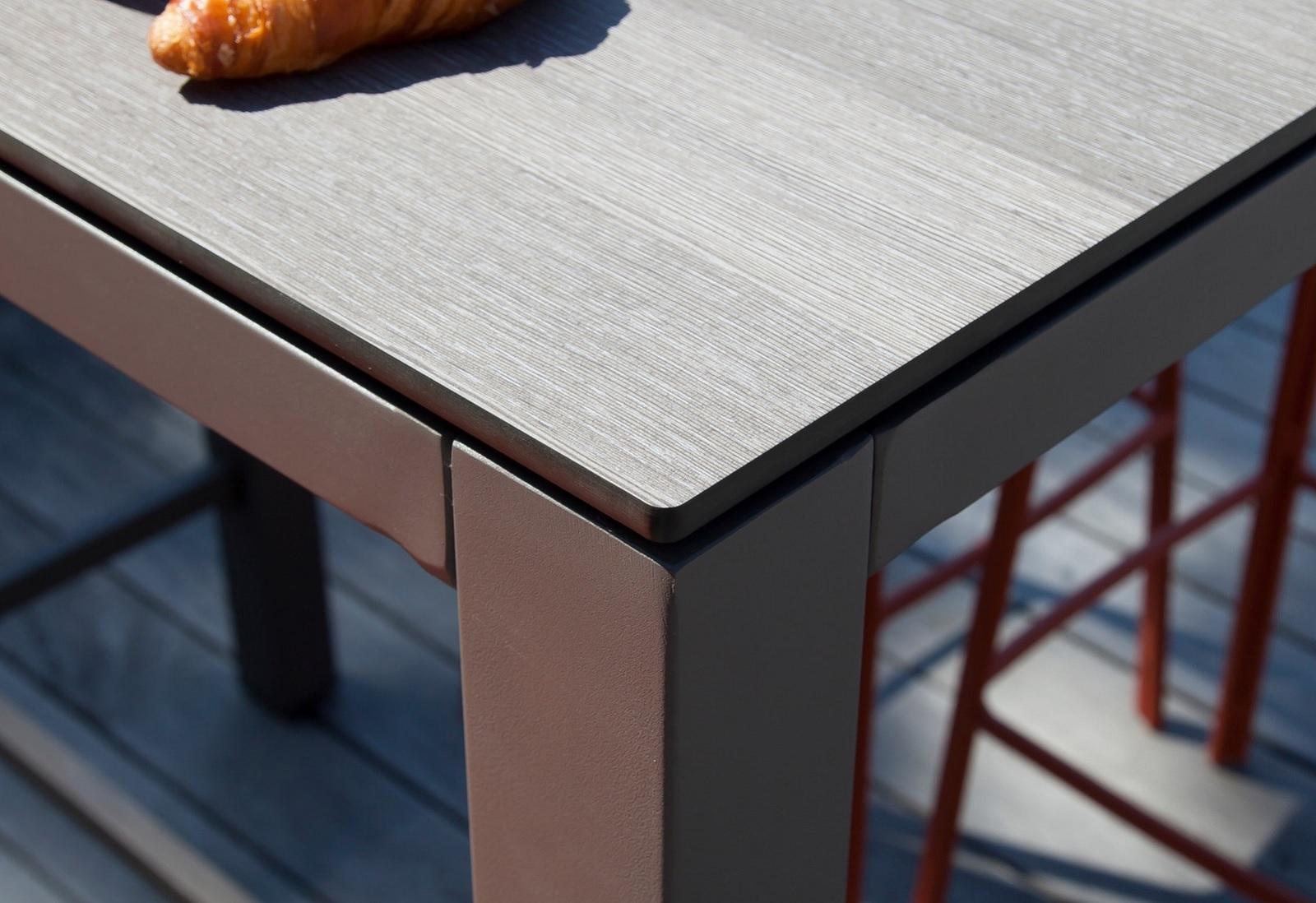 hpl trespa le mat riau des plateaux de table le blog. Black Bedroom Furniture Sets. Home Design Ideas