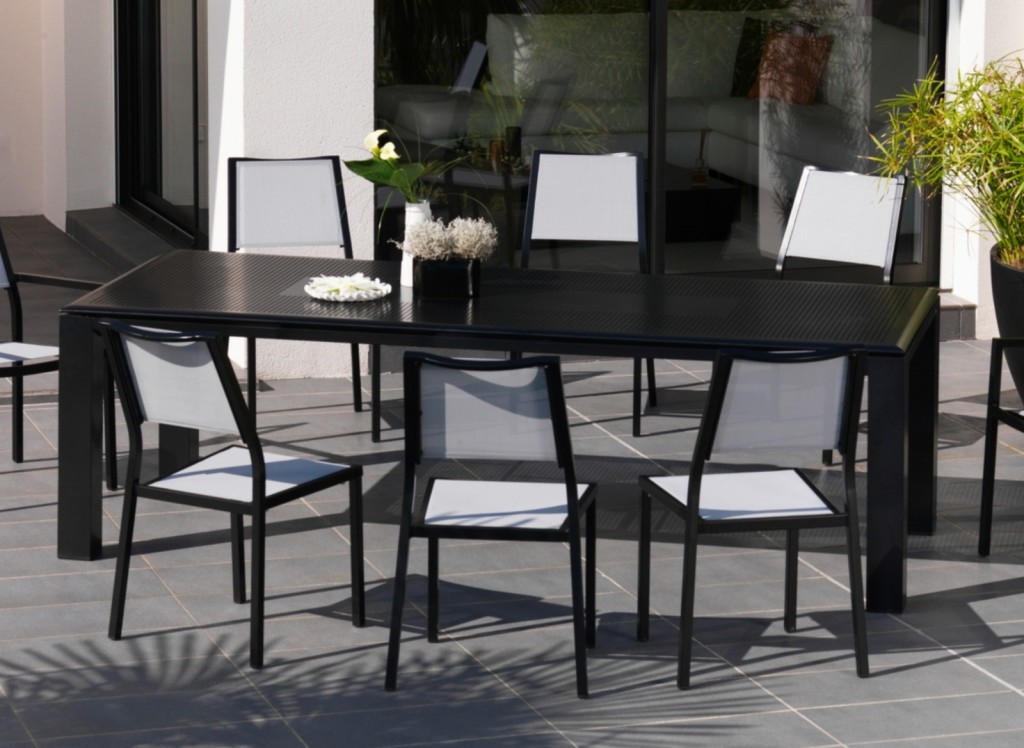 nettoyer sa terrasse au printemps le blog. Black Bedroom Furniture Sets. Home Design Ideas