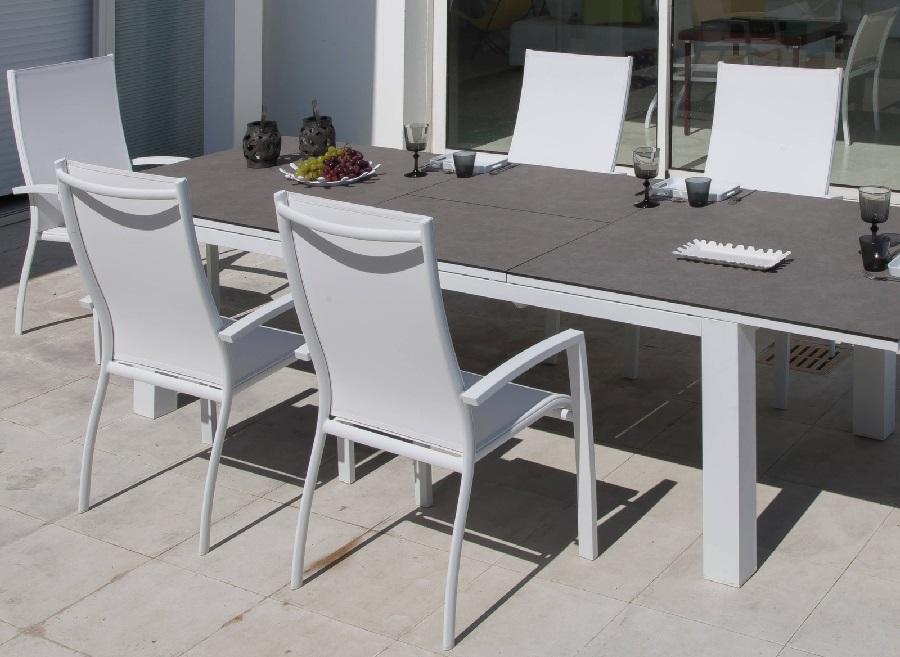 Mobilier de jardin pour famille nombreuse le blog - Le mobilier de jardin ...