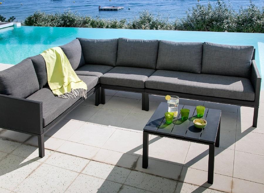 mobilier de jardin pour famille nombreuse le blog. Black Bedroom Furniture Sets. Home Design Ideas