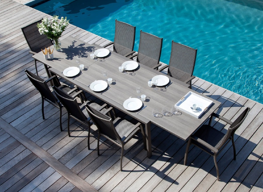 mobilier de jardin pour famille nombreuse table juan