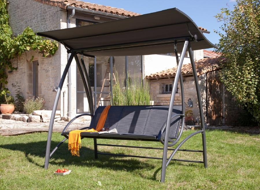 mobilier de jardin zen balancelle