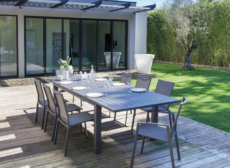 mobilier de jardin pratique et confortable table élisa
