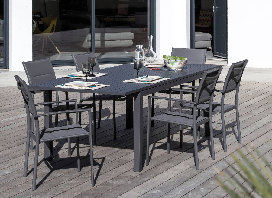 toile tpep confort et r sistance pour vos mobiliers de jardin le blog. Black Bedroom Furniture Sets. Home Design Ideas