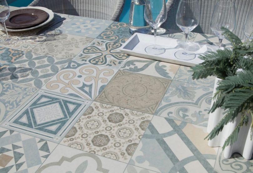 Plateau en céramique table de jardin