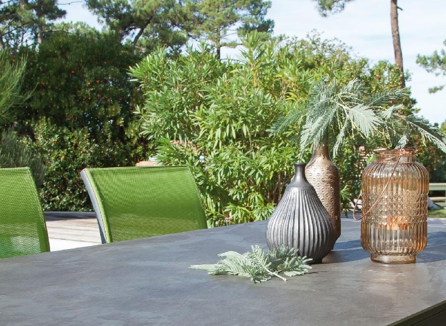 Plateau en céramique table de jardin milo