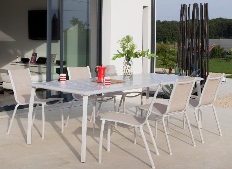 bonnes affaires en mobilier de jardin table de jardin azuro et 6 chaises