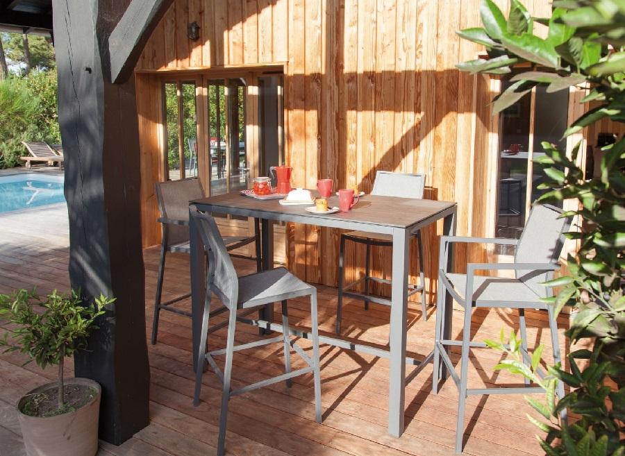 mobilier pour apéros d'été mange debout stonéo