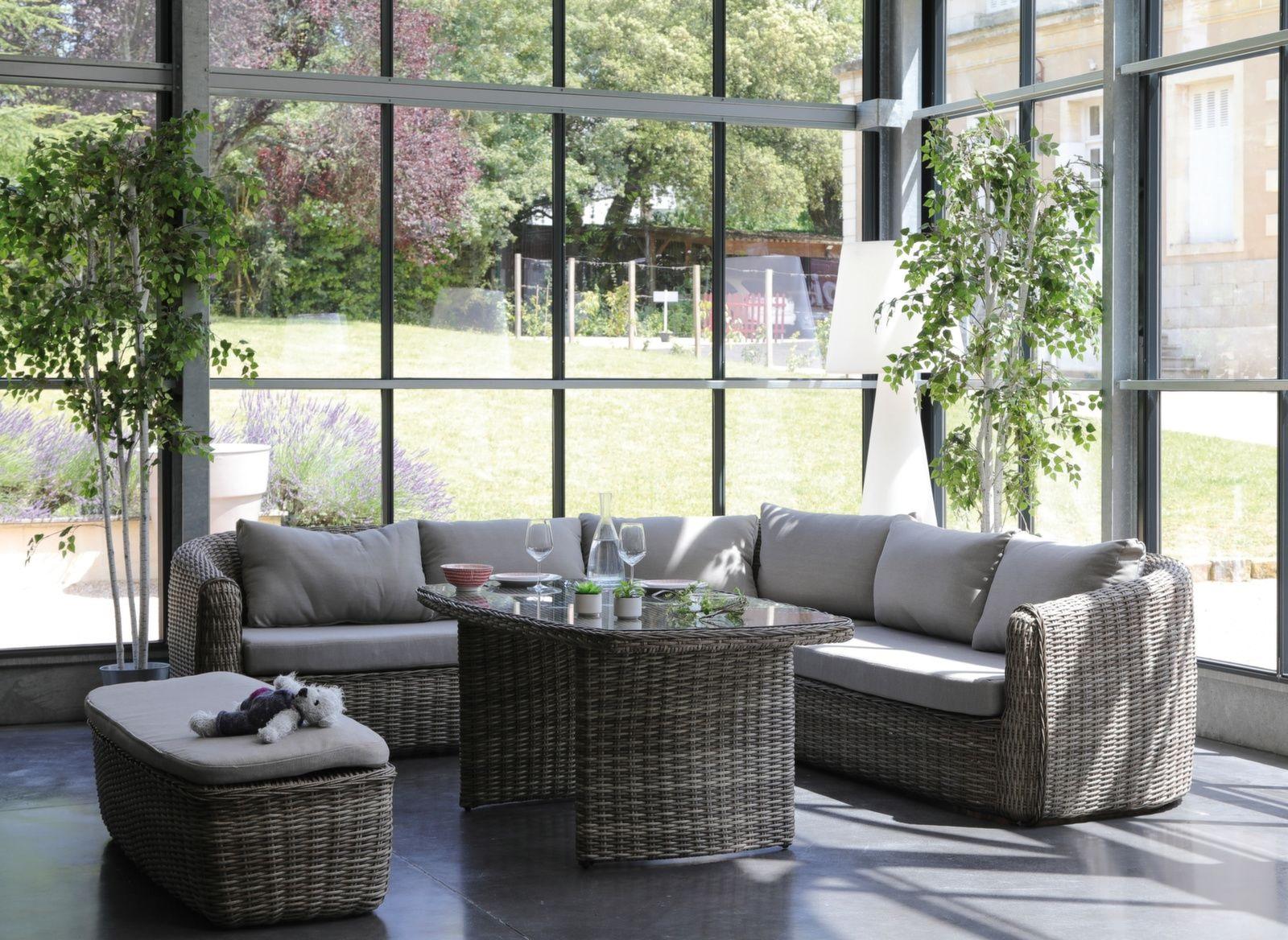 Salon de jardin en résine tressée : un classique, deux ...