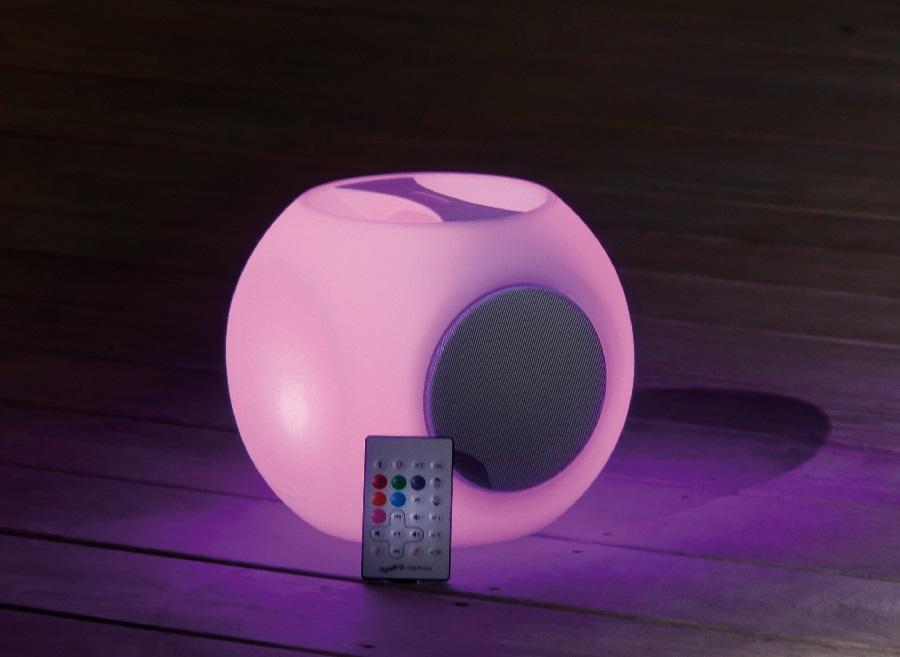 objet nomade Lampe Cube avec poignée HP proloisirs