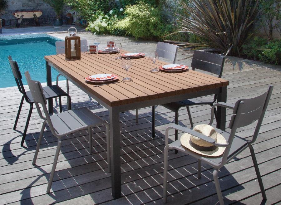 table bois et métal vegas avec plateau eucalyptus proloisirs