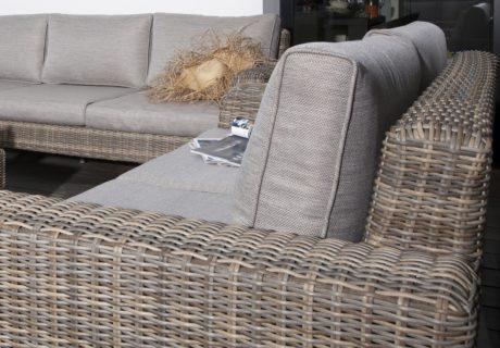 Nettoyer son mobilier de jardin avant l'hiver