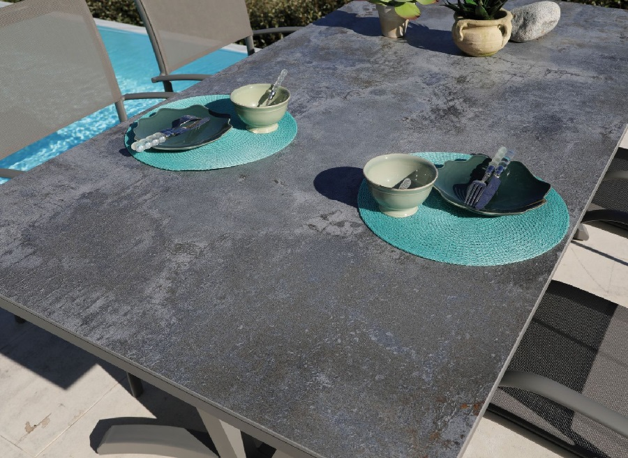 Dekton table aube meubles de jardin proloisirs